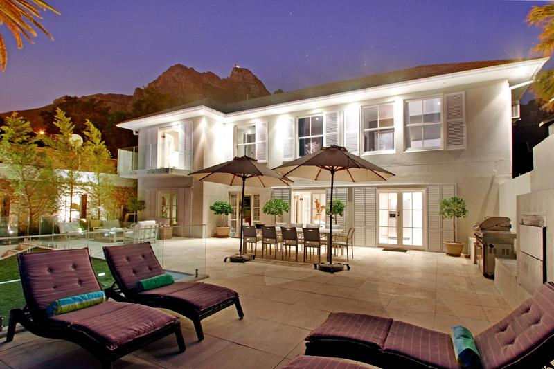 Property For Sale in Camps Bay, Cape Town 15
