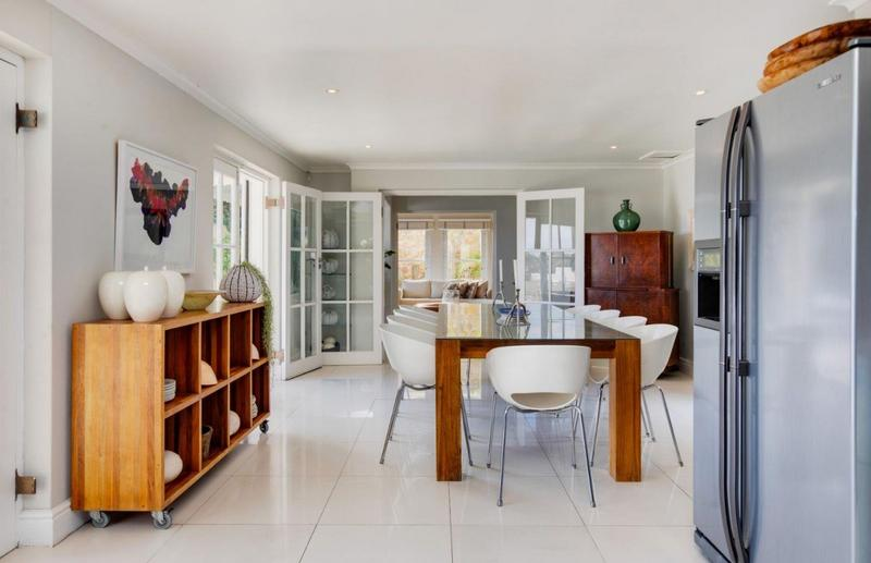 Property For Sale in Camps Bay, Cape Town 26