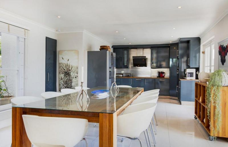Property For Sale in Camps Bay, Cape Town 33