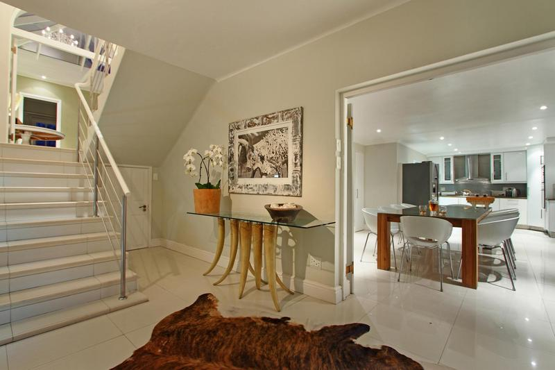 Property For Sale in Camps Bay, Cape Town 43
