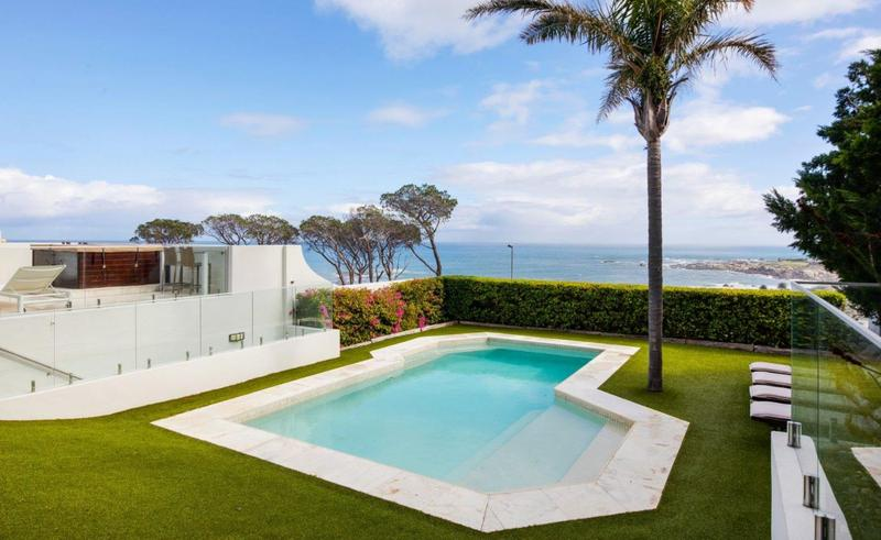 Property For Sale in Camps Bay, Cape Town 56