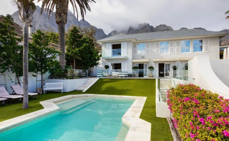 Property For Sale in Camps Bay, Cape Town 57