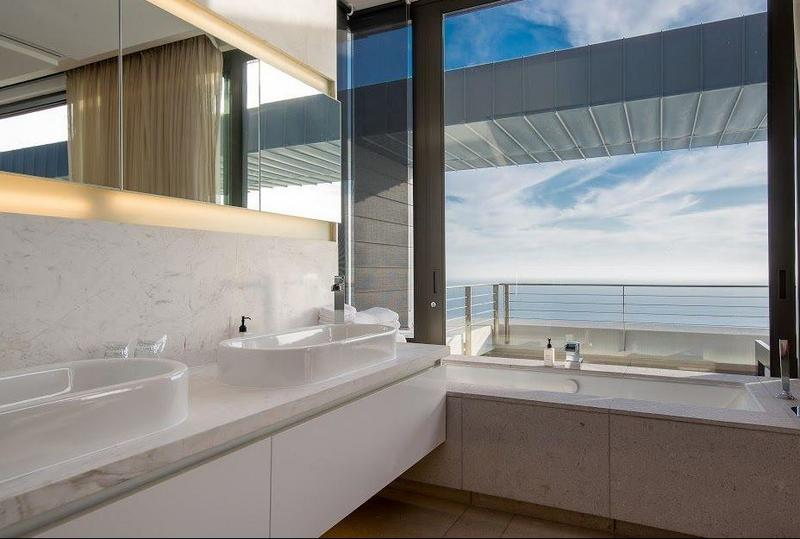 Property For Sale in Clifton, Cape Town 30