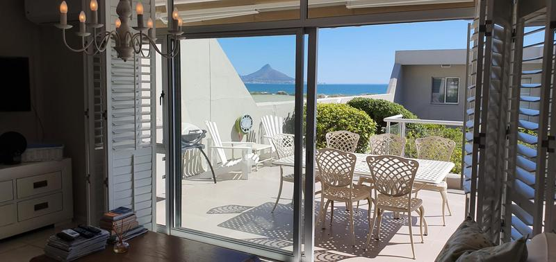 Property For Sale in Bloubergstrand, Cape Town 4