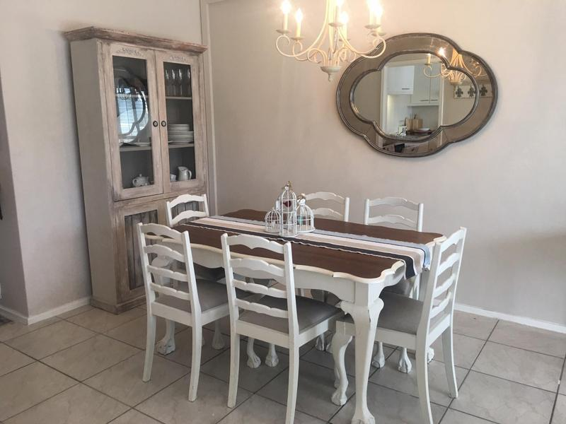 Property For Sale in Bloubergstrand, Cape Town 11