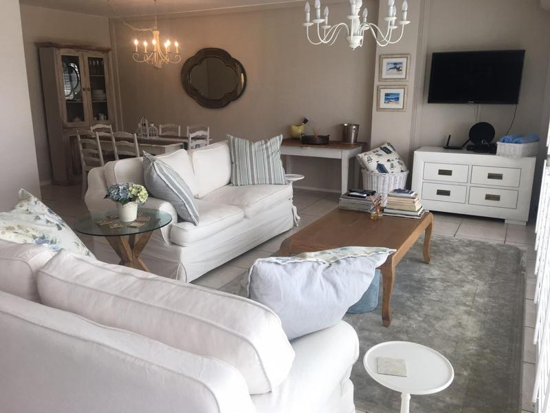 Property For Sale in Bloubergstrand, Cape Town 13