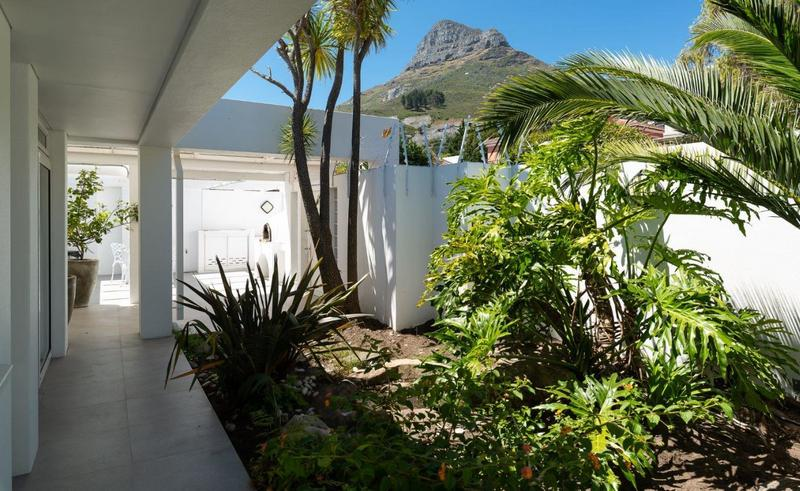 Property For Sale in Camps Bay, Cape Town 13