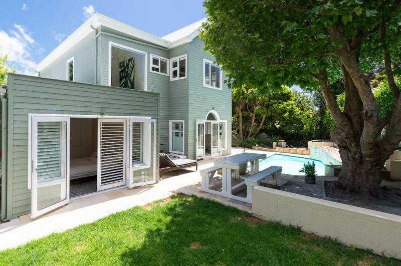 Property For Sale in Camps Bay, Cape Town 1