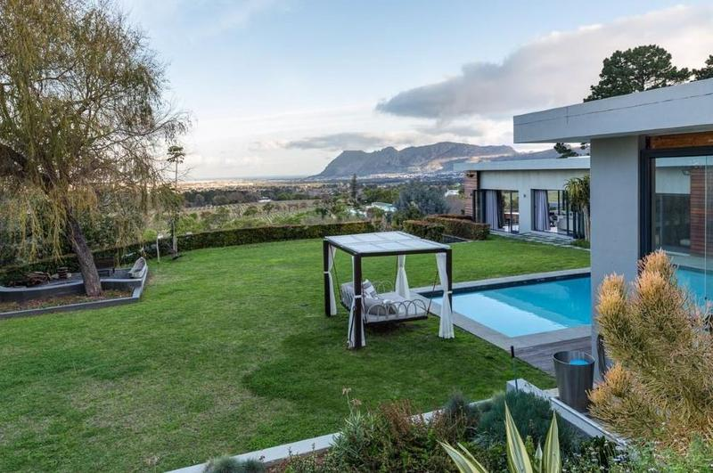 Property For Sale in Constantia Upper, Cape Town 21