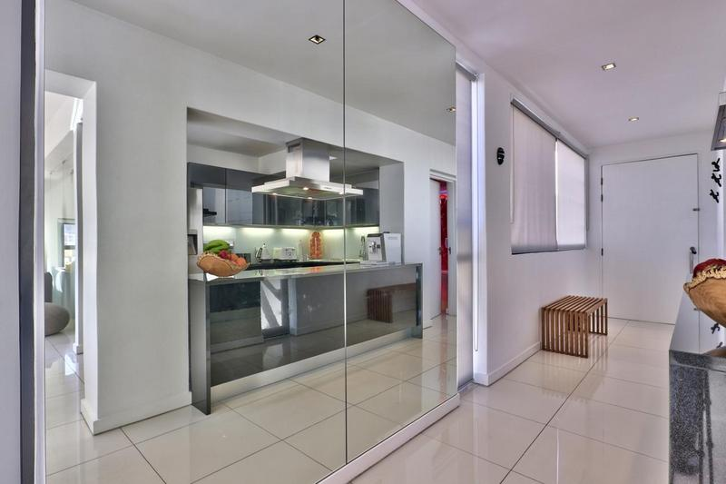 Property For Sale in Cape Town City Centre, Cape Town 16