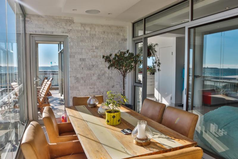 Property For Sale in Bloubergstrand, Cape Town 7