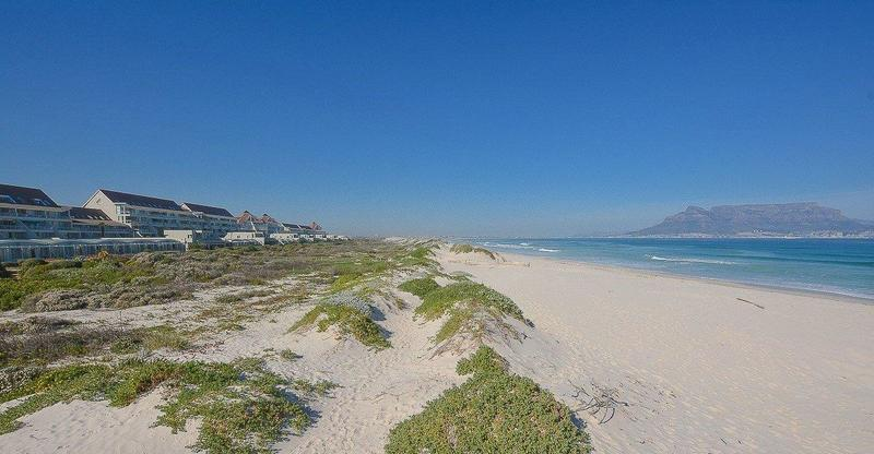 Property For Sale in Bloubergstrand, Cape Town 22